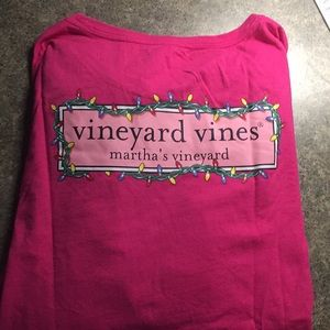 Vineyard vines holiday tee
